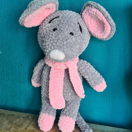 Крыса розовая