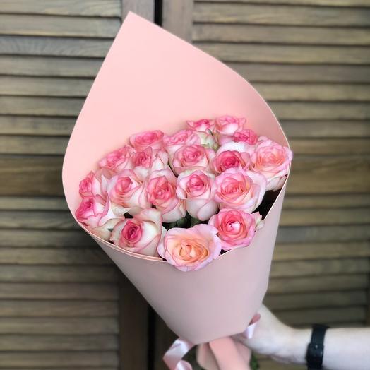 Букет с 19 розами