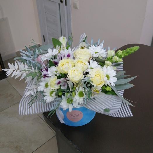 Цветы в бархатном цилиндре