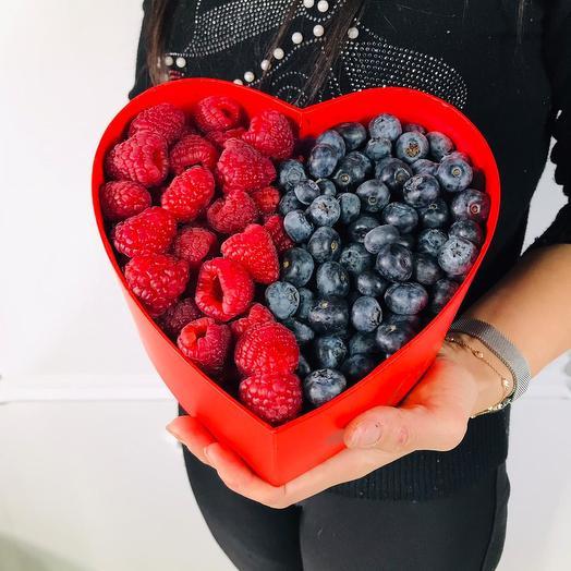 Коробочка «Ягодное сердце»