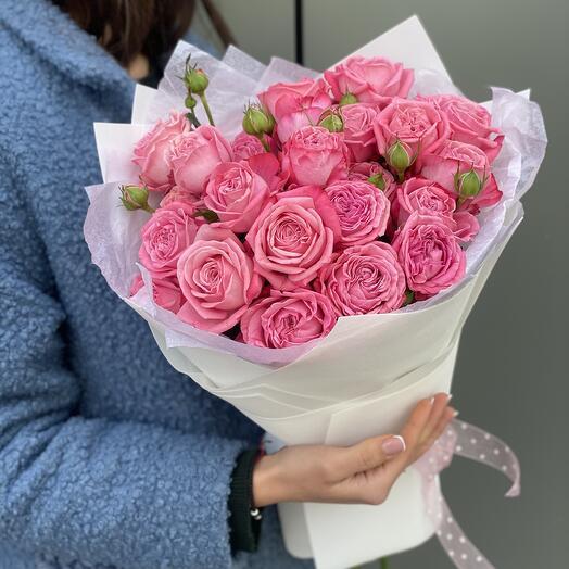 Букет Артезия из кустовой розы