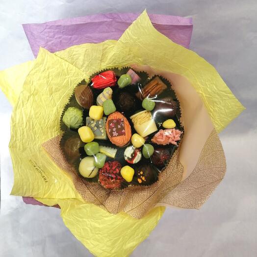 Букет из конфет ручной работы FRENCH KISS SPB 060602