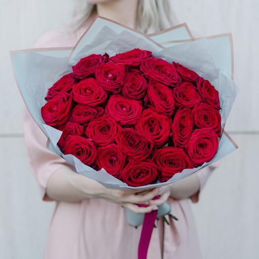 Букет из красных роз 237