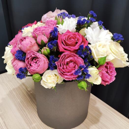 Готовый цилиндр с цветами