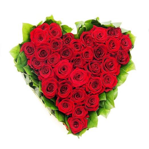 Алое сердце 25 роз: букеты цветов на заказ Flowwow