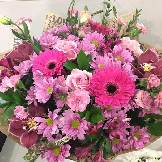 Розовая прелесть: букеты цветов на заказ Flowwow