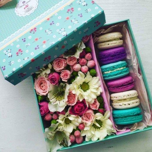 Вот и приятности: букеты цветов на заказ Flowwow