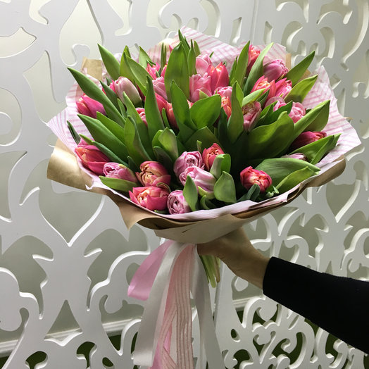 Тюльпановый шарм