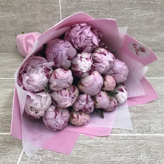 17 пионов Сара: букеты цветов на заказ Flowwow