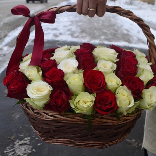 Розы в корзине 61: букеты цветов на заказ Flowwow