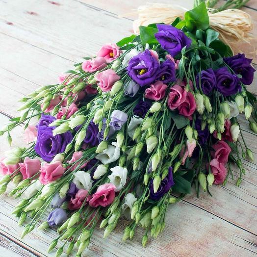 """Букет из 51 эустомы """"Изысканный"""": букеты цветов на заказ Flowwow"""