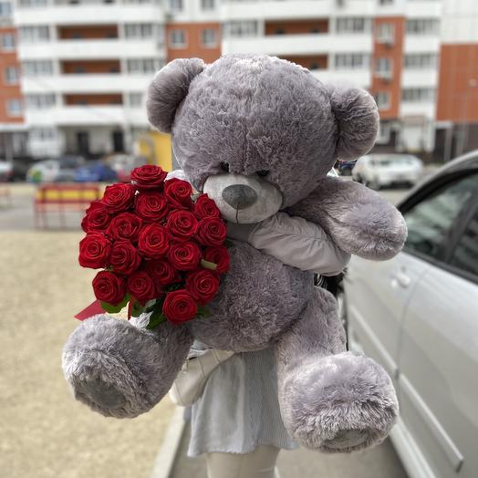 Плюшевый мишка+19 алых роз