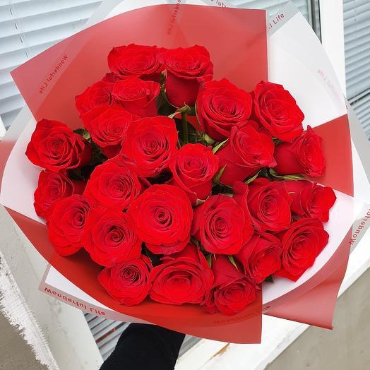 25 роз голландские