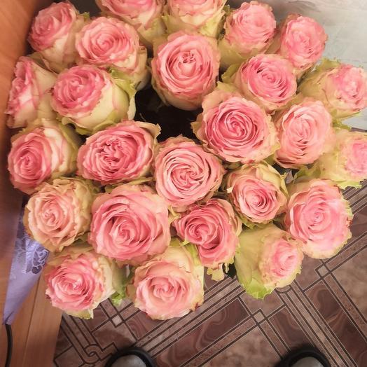 Роза эквадор 70см 25 шт