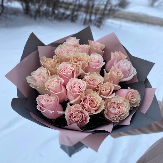21 шт нежно-розовая Роза 60 см