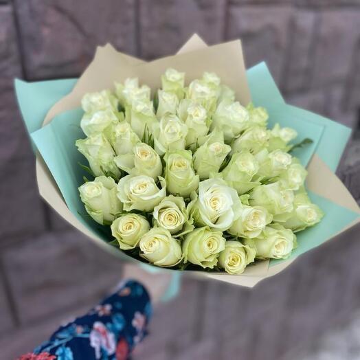 Букет из 35 роз с упаковкой