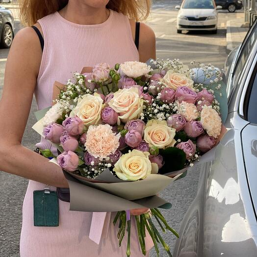 Пионовидная роза Лаванда Баблз