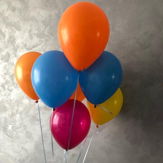 7 шаров разноцветных