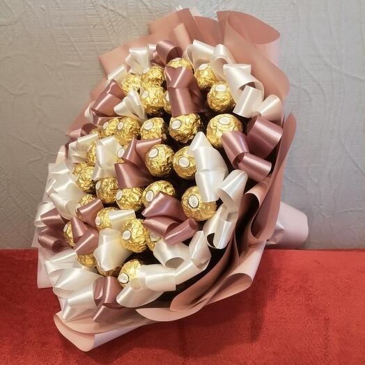 Большой конфетный букет