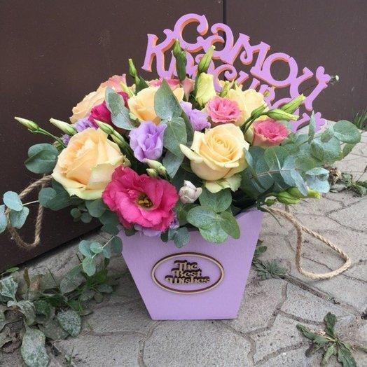 Цветы в деревяном ящике