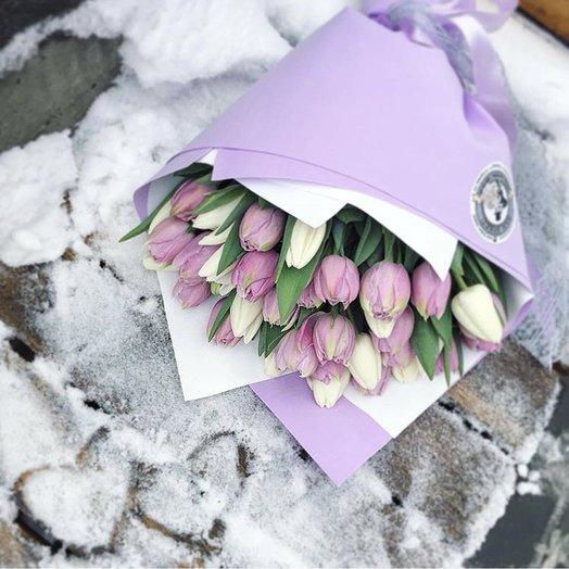 Букет из 35 тюльпанов «Счастливая жизнь»