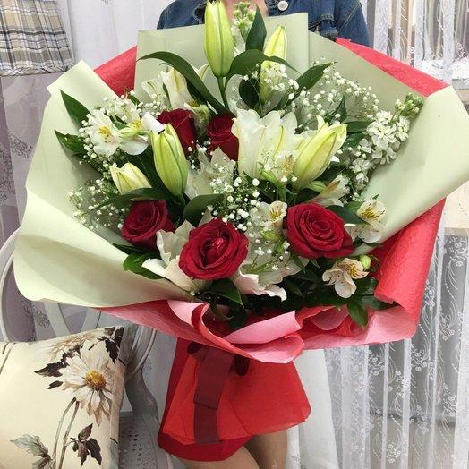 Роскошный: букеты цветов на заказ Flowwow