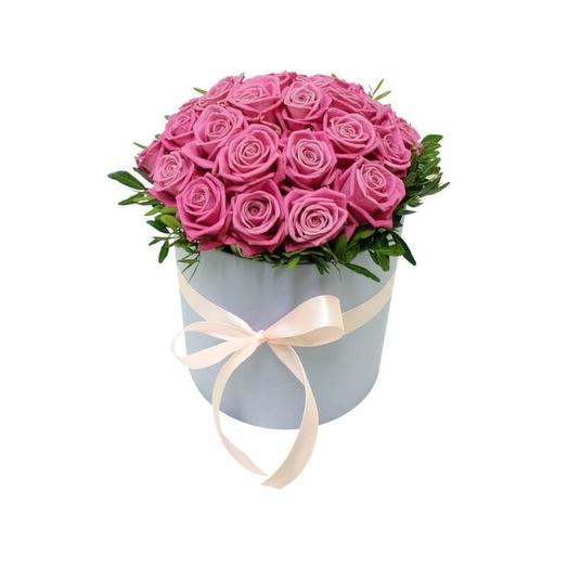 21 розовая роза в круглой коробке