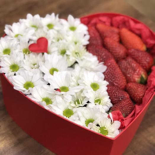 Сердце ромашка С клубникой: букеты цветов на заказ Flowwow