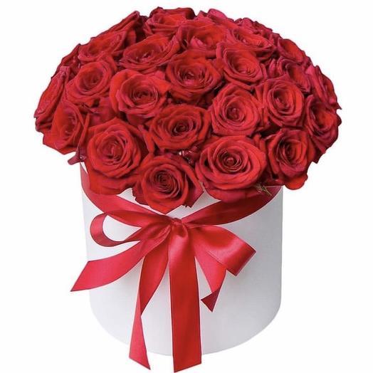 Коробка роз «Восторг»: букеты цветов на заказ Flowwow