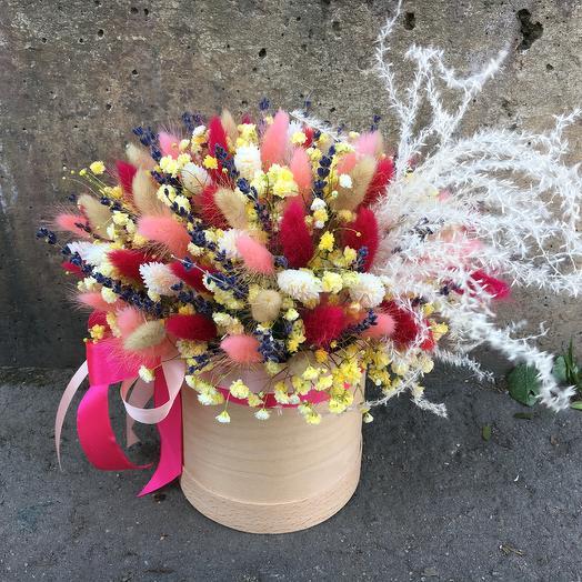 Коробка с лавандой и сухоцветами: букеты цветов на заказ Flowwow