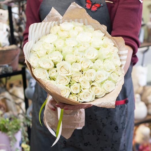 Букет из коротких роз (51 роза)