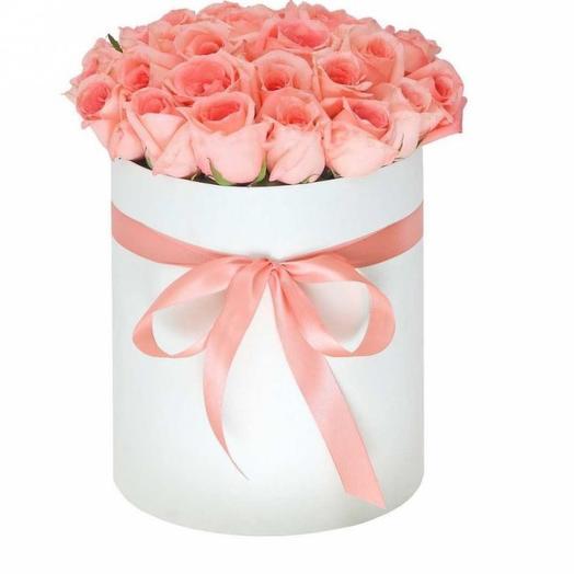 19 роз в шляпной коробке: букеты цветов на заказ Flowwow