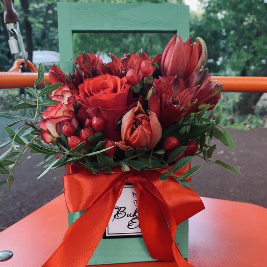 Букет в ящичке: букеты цветов на заказ Flowwow