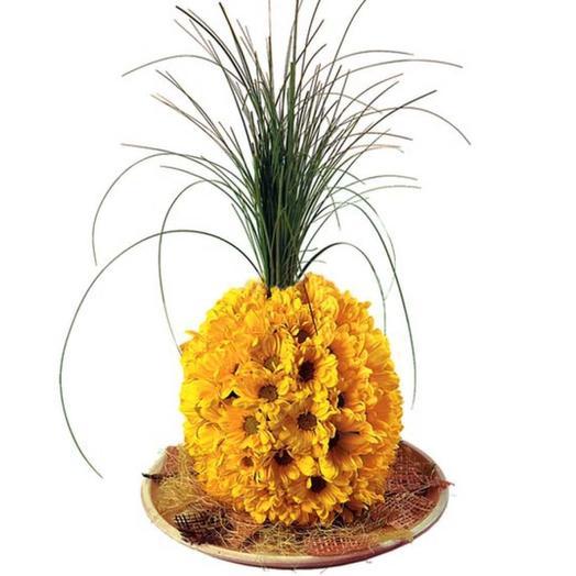 """Игрушка из цветов """"Ананас"""": букеты цветов на заказ Flowwow"""