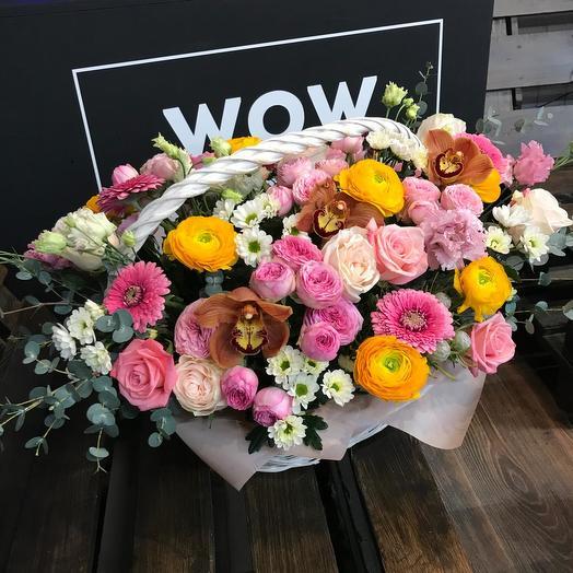 """Корзина с цветами """"Красочный восторг"""": букеты цветов на заказ Flowwow"""