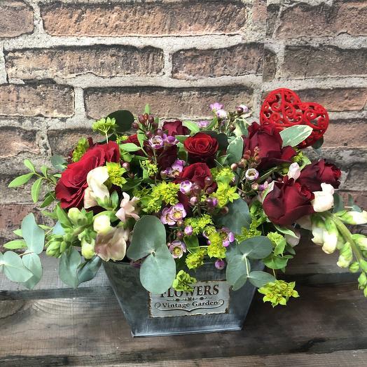 Кашпо с цветами: букеты цветов на заказ Flowwow