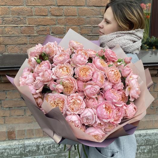 Огромная охапка пионовидной розы «Джульетта»