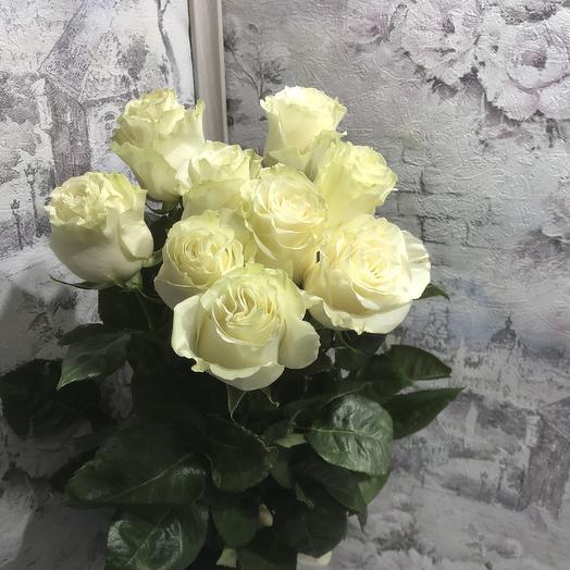 Букет 9 белых роз 60 см