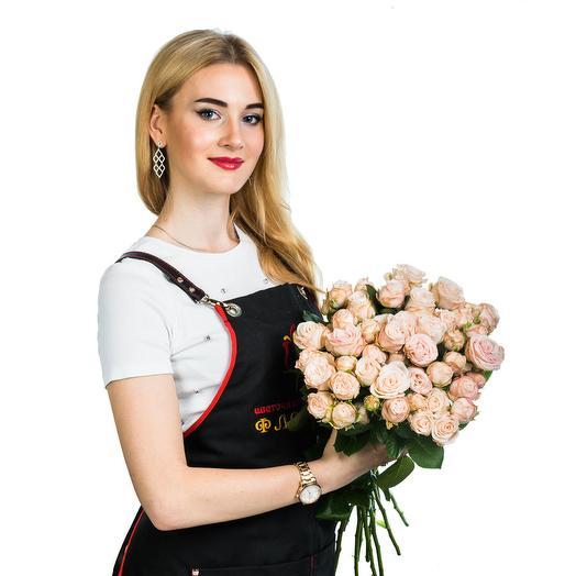 15 пионовидных чайных роз: букеты цветов на заказ Flowwow