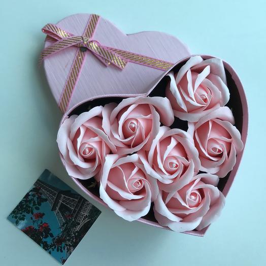 Ароматные мыльные розы: букеты цветов на заказ Flowwow