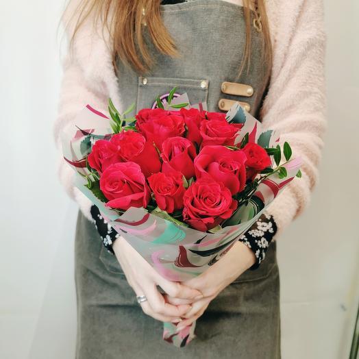 """Букет """"Бриджит 15"""" красная роза 40 см"""