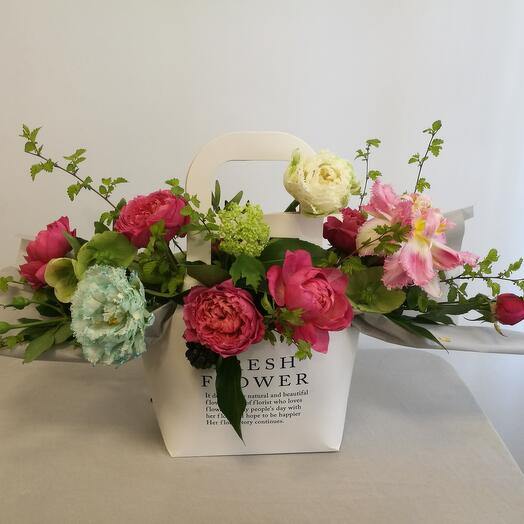 """Цветы в коробке  """"Margarita"""""""