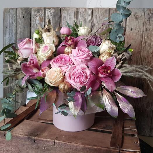 """Цветы в коробке """"Лиловые сумерки"""""""