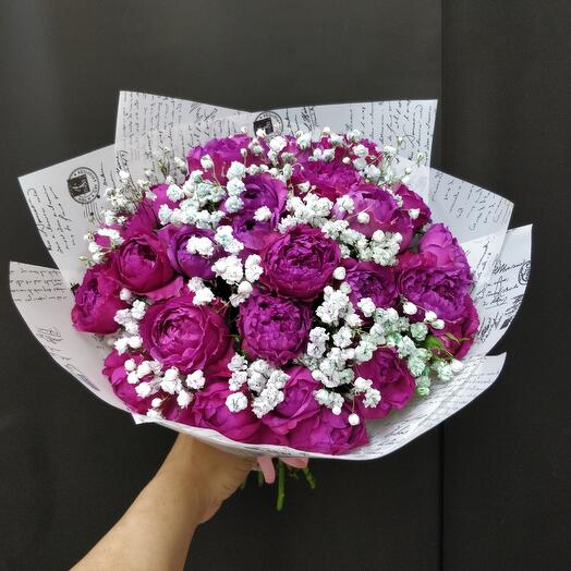 Букет из ароматных роза кустовая пионовидная
