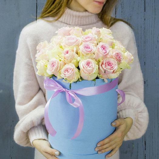 Бокс из нежных роз : букеты цветов на заказ Flowwow