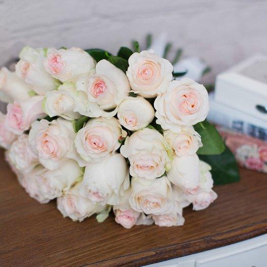 Букет из 25 роз «Senorita»: букеты цветов на заказ Flowwow