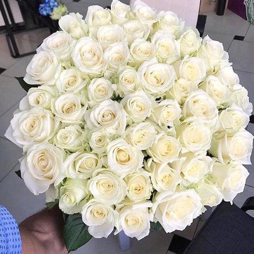Букет 75 роз Аваланш 60 см: букеты цветов на заказ Flowwow