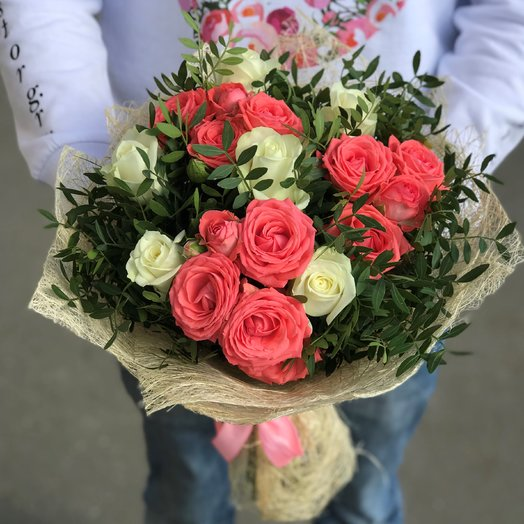 Розы. Кустовые розы.  Белые розы. 9 роз. N190: букеты цветов на заказ Flowwow
