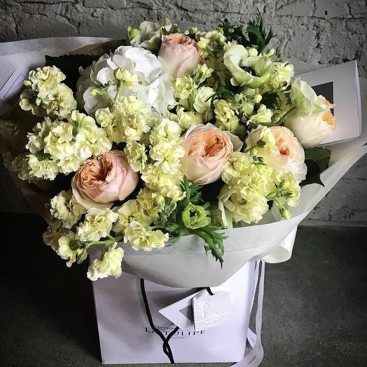 Лимонная Маттиола и Джульетта: букеты цветов на заказ Flowwow