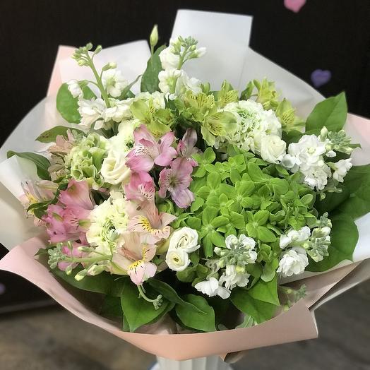 Нежная Ли: букеты цветов на заказ Flowwow